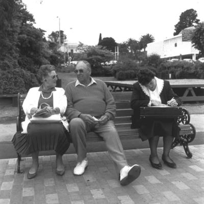 Lunchtime, Majestic Square, Wanganui