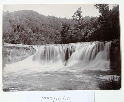 Upper Ohura Falls (201)