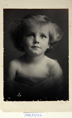 Untitled (portrait of a young child)