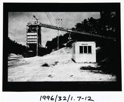 Wayne Barrar; Nauru:7; Circa 1992; 1996/32/1.7