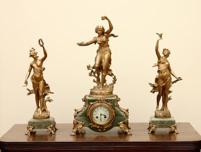 Ormolu Clock and two matching gilt figures (L'Idee)