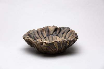 Ruffle edged bowl