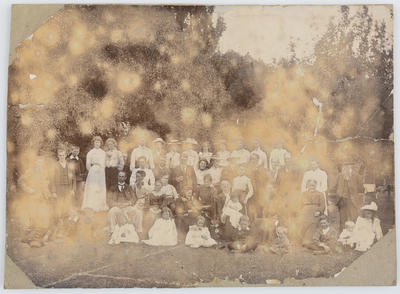 Unknown; Group portrait - probably including some of the Collier and Parkes families.; A2015/1/39