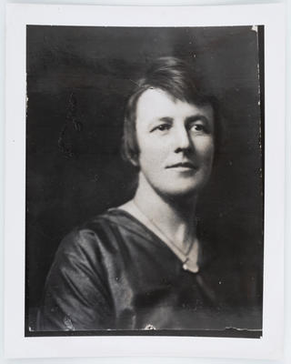 Unknown; Studio Portrait of Edith Collier (copy); Unknown; A2015/1/63