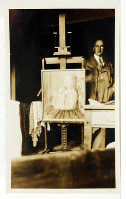 Vivian Smith; [Photograph, Vivian Smith in his studio]; 1927?; A2015/4/104