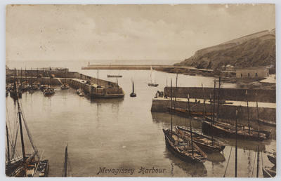 Postcard of Mevagissey Harbour, Cornwall from Margaret MacPherson to Edith Collier.
