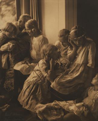 Janet Allan; Agnes Martin; The Children's Hour; 1923; 1925/2/49