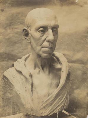 Vivian Smith; [Photograph, Head from Life]; 1909?; A2015/4/101