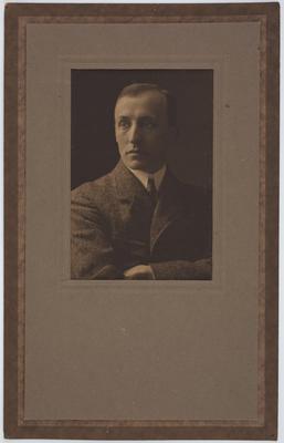 Unknown; [Photograph, Vivian Smith]; 1900-1920s?; A2015/4/110