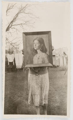 Vivian Smith; [Photograph, Portrait of Lilian]; Unknown; A2015/4/106