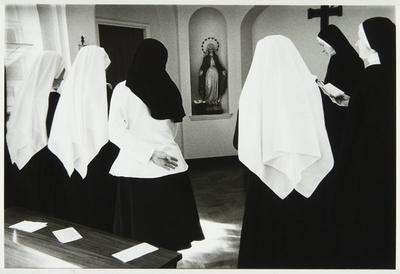 Anne Noble; A ceremony dedicating the novices to the Blessed Virgin Mary.; 1988; L1991/23/48