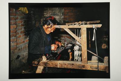 Hamish Horsley; Refugee weaver, Rajpur, North India, 1995; 1995; 1997/2/41