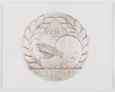 Unknown; Photograph of Gallery of Science and Art 1939 medallion; 1939; A2015/1/470