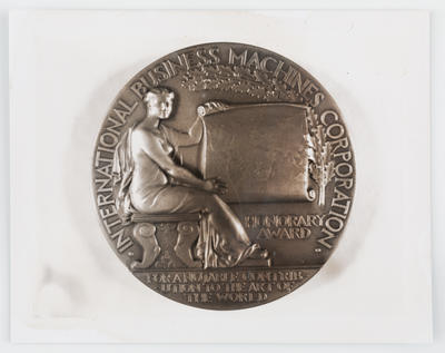 Unknown; Photograph of back of Gallery of Science and Art 1939 medallion; 1939; A2015/1/474