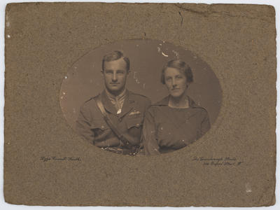 Lizzie Caswall Smith; Portrait of Harry and Edith Collier; 1914-1918; A2015/1/12