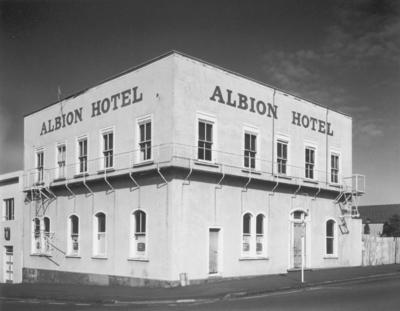 Albion Hotel, cnr Bell & Ridgway Streets, Wanganui